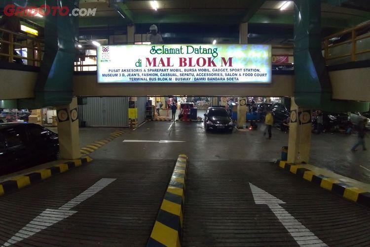 Rental Mobil Blok M Jakarta Premium Class